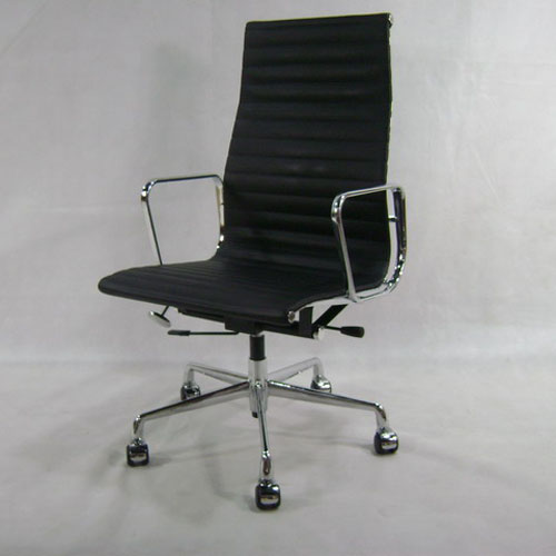 Replica Style Aluminum Office Chair by Eames